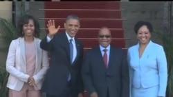 奥巴马参观关押曼德拉南非罗本岛监狱
