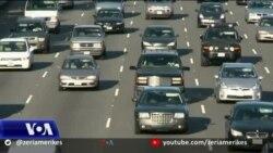 Dita e Falenderimeve, miliona amerikanë udhëtojnë megjithë paralajmërimet për COVID-in