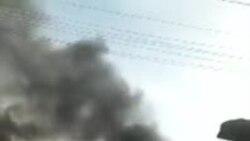 Un minibus incendié à Lubumbashi (vidéo)
